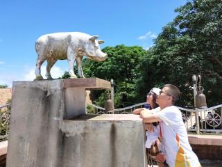 Meet the corners of Thailand